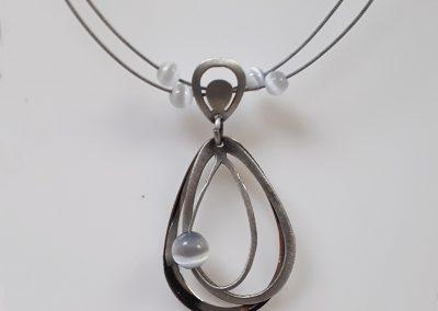 Christophe Poly Jewellery – Oval Pendant