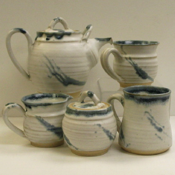 Stonethrow Pottery – Glacier Blue