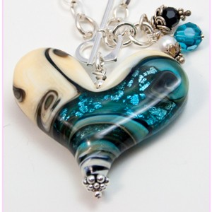 Worn Beadies Heart Pendants - Turquoise & Onyx